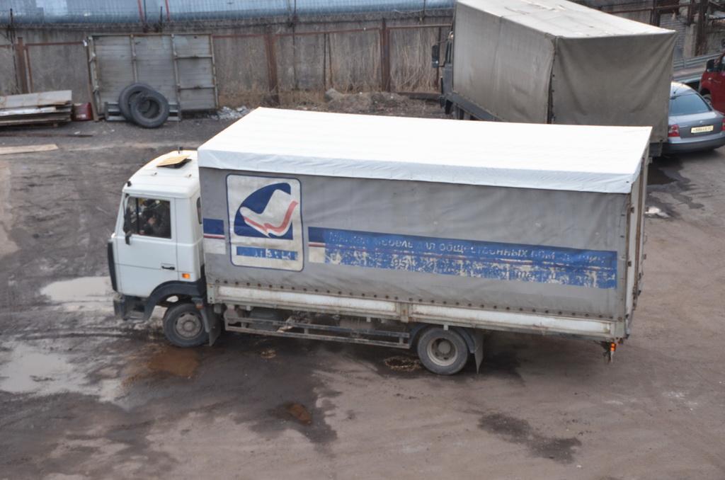 Замена тента-крыши на грузовик «МАЗ»