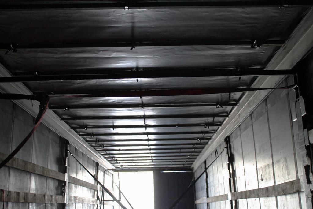 Замена крыши на полуприцепе Krone